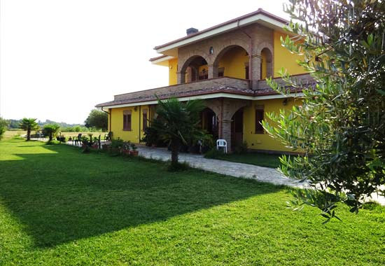 External view of Villa Parco del Lago